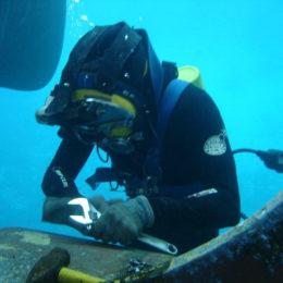 Underwater Maintenance _ Cleaning_nmsoman_1